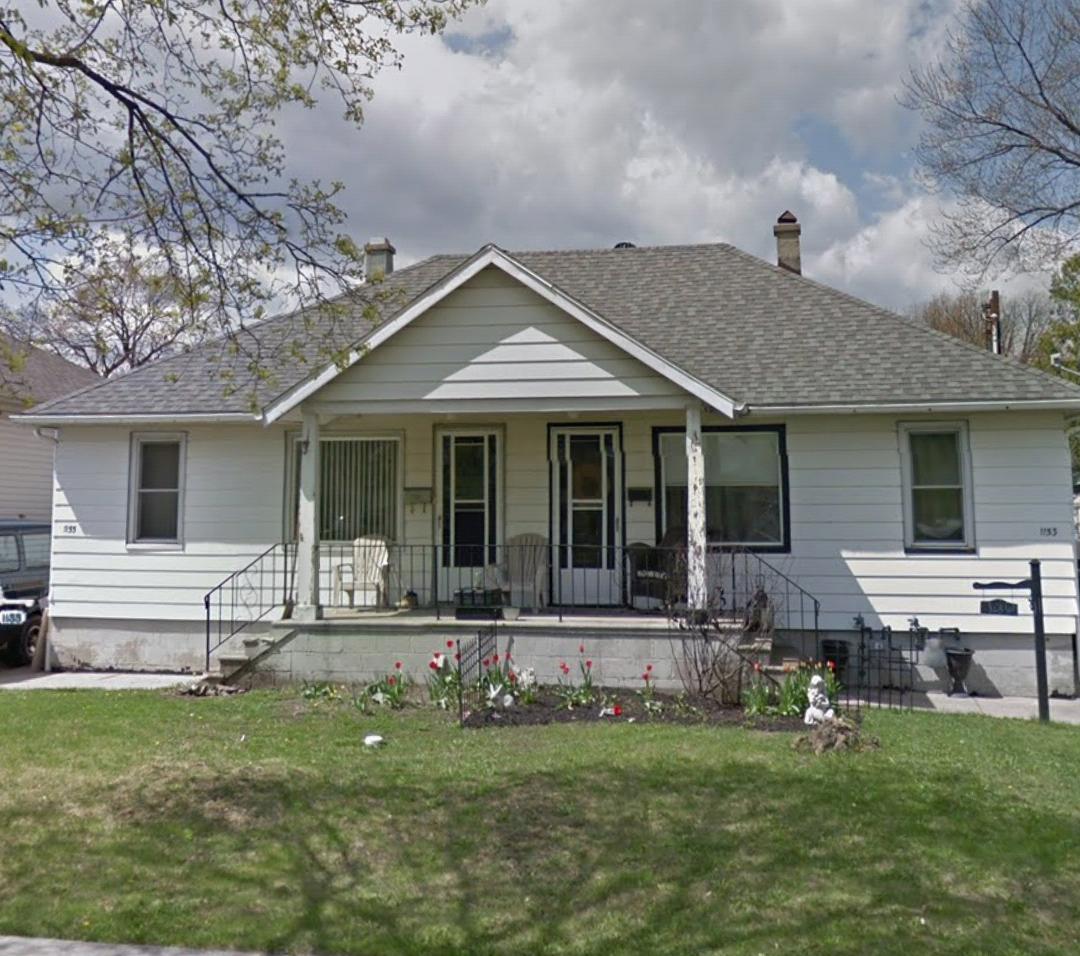 Rental Home Plus: SIDE BY SIDE DUPLEX 1 BEDROOM IN RIVERSIDE