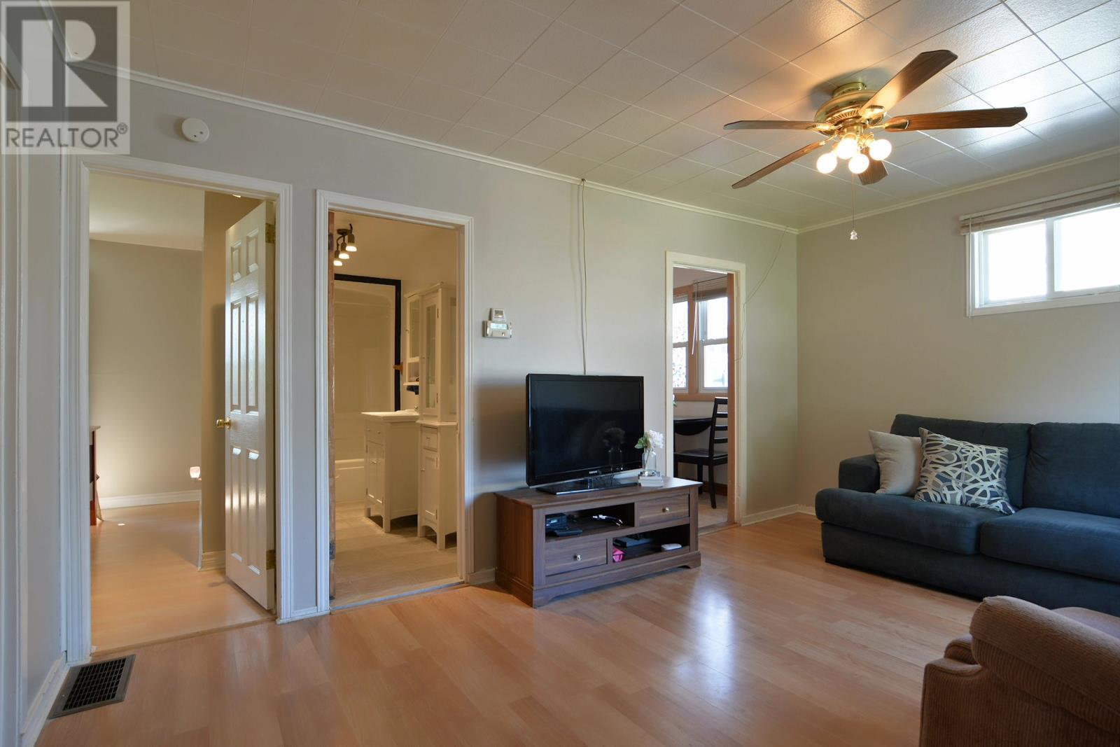 Single Room For Rent In Windsor